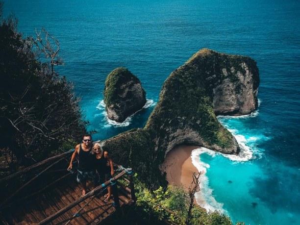 Langzeiturlaub Bali, Indonesien, T-rex Drohnenselfie