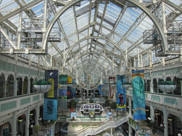 Kurzurlaub Dublin & Umgebung, Irland, Wenn du Lust auf eine kleine Shoppingtour hast, dann bist du in diesem