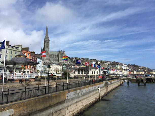 10 Tage Irland, Irland, Folgt man dem River Lee von Cork aus in Richtung Meer landet man in Co