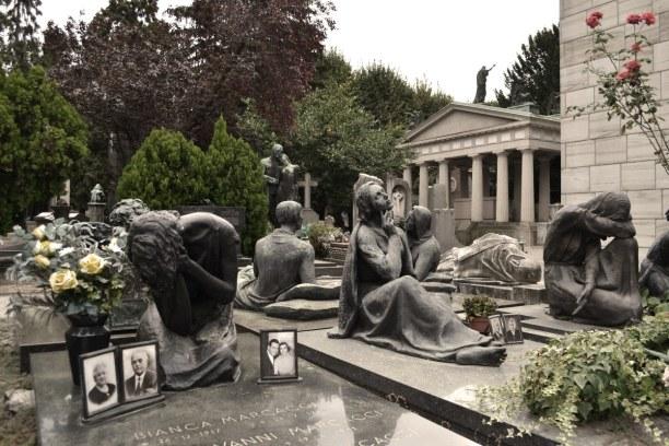 Kurzurlaub Lombardei, Italien, Dieser Friedhof ist inzwischen weniger ein Friedhof, obwohl hier einig