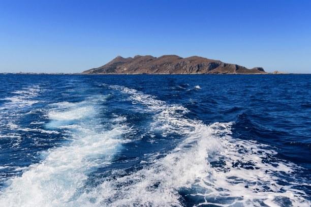 Zwei Wochen Sizilien, Italien, Schöne Strände auf Lipari sind der Spiaggia Valle und Mura.