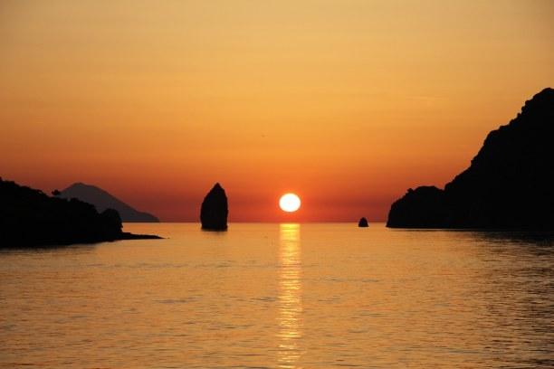 """2 Wochen Sizilien, Italien, Die Insel Vulcano, von der übrigens auch das Wort """"Vulkan"""" abgeleitet"""
