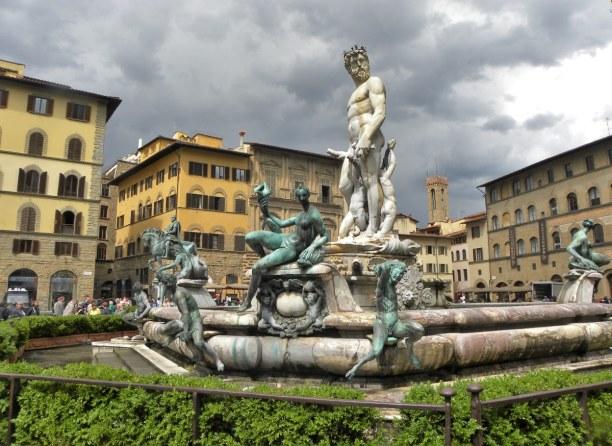 Kurzurlaub Toskana, Italien, Die Bauarbeiten des  Neptunbrunnens wurde 1572 auf der Piazza della Si