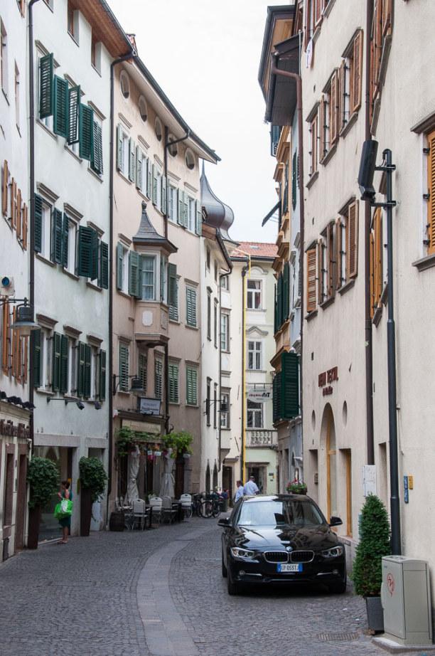 Kurzurlaub Trentino-Südtirol, Italien, Hier mischen sich alpine Architektur und italienisches Flair.
