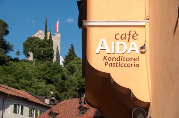 Kurzurlaub Trentino-Südtirol, Italien, In Meran gibt's auch einige gemütliche Lokale zum verweilen. Seien es