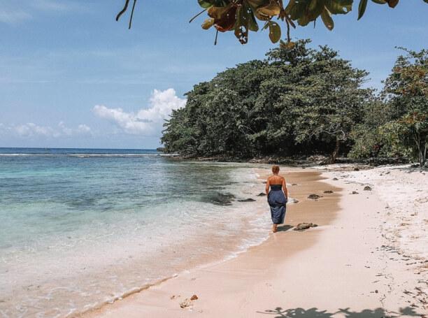 10 Tage Jamaika, Jamaika, Winnifred Beach ist ein Strand, der vor allem von Locals besucht wird.