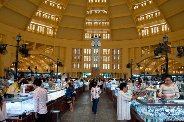 Kurzurlaub Kambodscha, Kambodscha, Wer Lust auf Shopping hat schaut im Zentralmarkt vorbei.