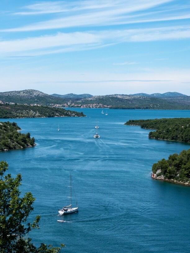 10 Tage Murter (Stadt), Krk und nordadriatische Inseln, Kroatien, Nach einem Besuch in Nationalpark Krka solltet ihr die Stadt Skradin a