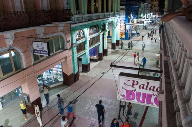 Kurzurlaub Karibische Küste / Süden, Kuba, Die Enramada ist die Fußgängerzone in Santiago de Cuba.