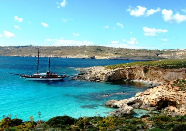 Kurzurlaub Malta, Malta, Die Insel Comino ist rund 3 km² groß. Früher hatten hier Piraten ih