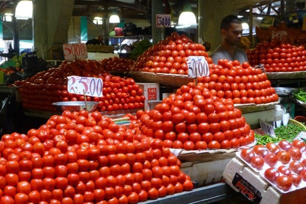 10 Tage Südküste, Mauritius, Habt ihr schon mal schöner geschlichtete Tomaten gesehen?