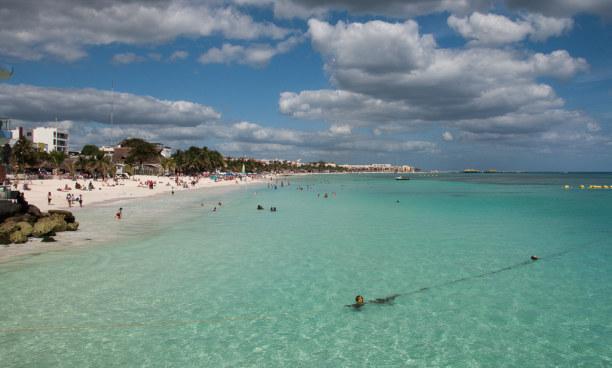 2 Wochen Riviera Maya & Insel Cozumel, Mexiko, Das ist er also: Der endlose Sandstrand von Playa del Carmen. Türkise