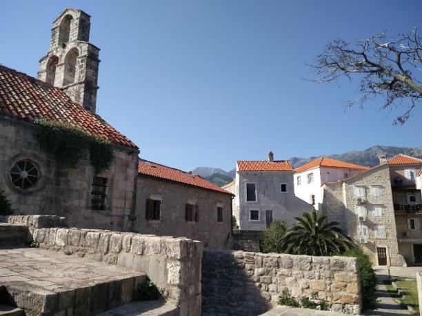 1 Woche Montenegro, Montenegro, Die Altstadt von Budva ist als ob man eine Zeitreise machen würde.