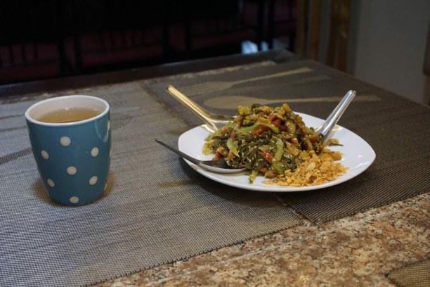 Langzeiturlaub Myanmar, Myanmar, Köstlicher Teeblattsalat - bei unserer Foodtour haben wir noch viele