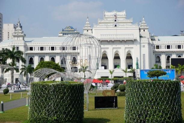 Langzeiturlaub Myanmar, Myanmar, Koloniale Bauten von Yangon erinnern an die Zeit als die Briten hier w