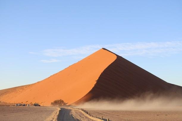 Kurzurlaub Namibia, Namibia, Die Düne 45 befindet sich 45 Kilometer von Sesriem entfernt und ist b
