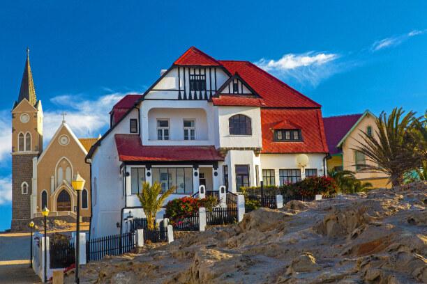 Drei Wochen Namibia, Namibia, In Lüderitz mit seinen teilweise restaurierten Kolonialgebäuden sche