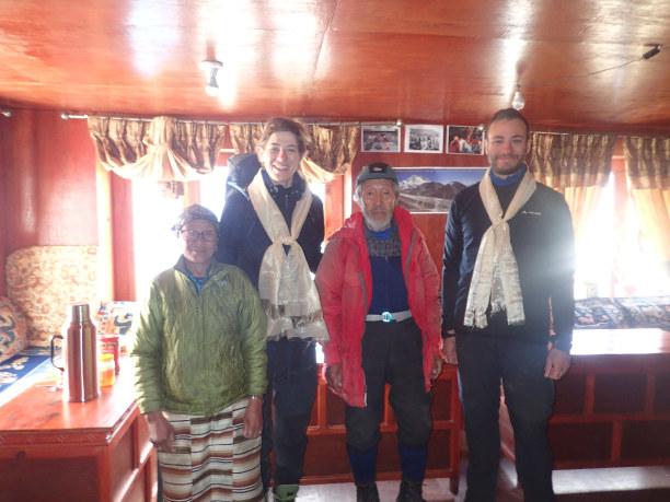 Langzeiturlaub Nepal, Nepal, ER war auch schon auf dem Everestgipfel!! Der Sherpa hat 3 Sauerstofff