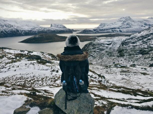 10 Tage Lofoten & Vesterålen, Norwegen, Bei der Wanderung auf dem Ryten gibt es einen spektakulären Ausblick