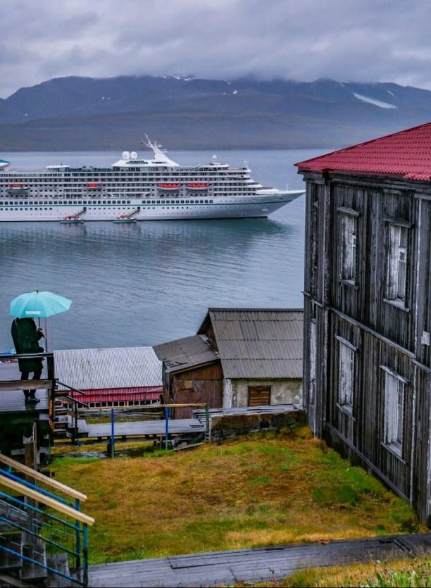 Langzeiturlaub Spitzbergen, Norwegen, Lost Place oder doch noch bewohnt? Diese Frage stelle ich mir in Baren