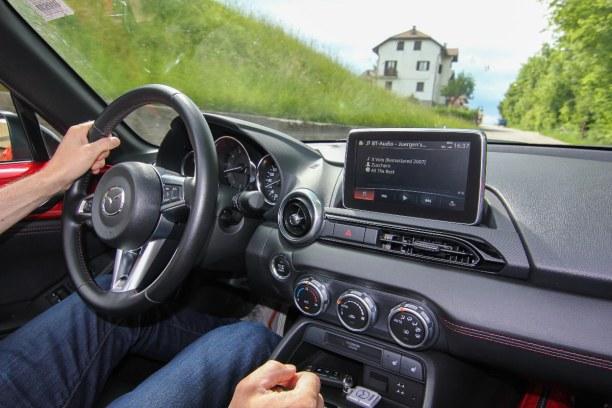 Bardolino (Stadt), Oberitalienische Seen & Gardasee, Italien, Mit dem Roadster sind wir von Oberösterreich über Salzburg, Kärnten
