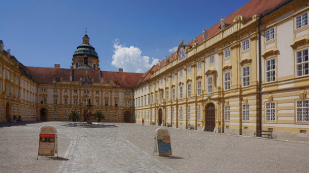 Langzeiturlaub Niederösterreich, Österreich, 80 x 40 m. Bald galt diese Stätte als Österreichs schönster Kirchen