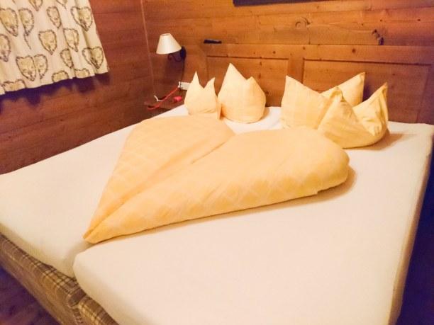 Kurztrip Nordtirol, Österreich, In unserem kuscheligen Bett haben wir wundervoll geschlafen - der Frü