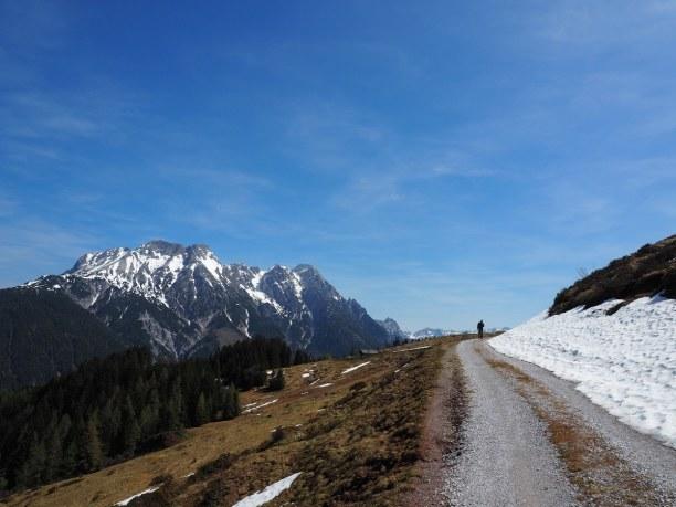 Kurztrip Nordtirol, Österreich, Eine wunderschöne Wanderung - sogar (bundes)länderübergreifend - mi