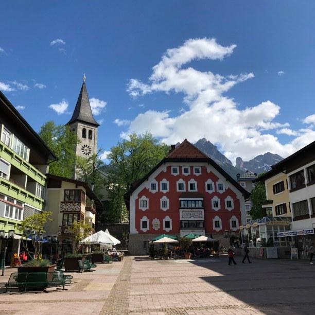 Kurzurlaub Nordtirol, Österreich, Kitzbühl erkundet man am besten in der Früh, wenn noch nicht viele T