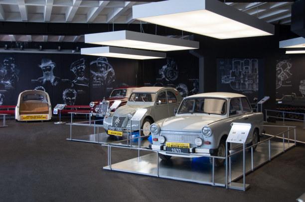 Kurztrip Salzburger Land, Österreich, Die Erfolgsgeschichte es Automobils ist im Museum das Hauptthema.
