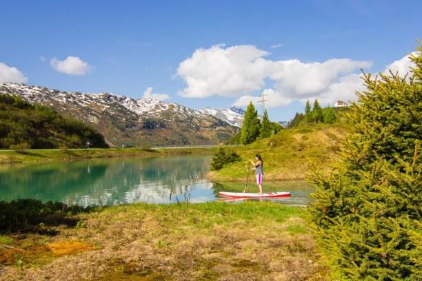 Kurzurlaub Tirol, Österreich, Anfang Juni ist es so hoch in den Bergen noch nicht so grün wie im Ta