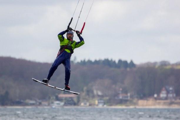 Kurztrip Laboe (Stadt), Ostseeküste, Deutschland, Wir hatten an der Flensburger Förde auch Glück mit dem Wind. Im Hint