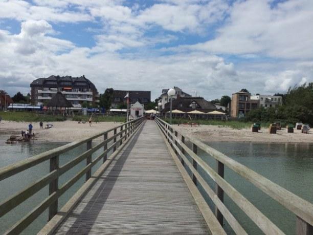 Zwei Wochen Niendorf (Stadt), Ostseeküste, Deutschland, Seebrücke