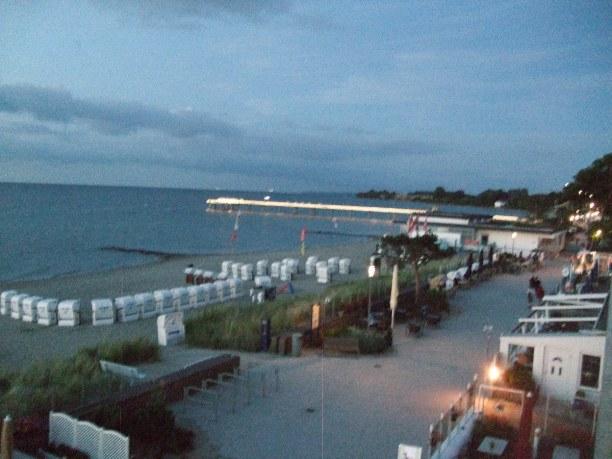 2 Wochen Niendorf (Stadt), Ostseeküste, Deutschland, Seebrücke am Abend