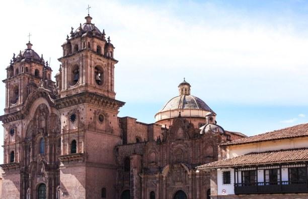 10 Tage Cusco (Stadt), Peru, Peru, Die Kathedrale von Cusco ist eines der größten Zeugnisse kolonialer