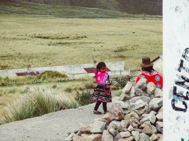 2 Wochen Peru, Peru, Auf dem Weg von Puno nach Cusco in La Raya auf 4330 Metern Höhe