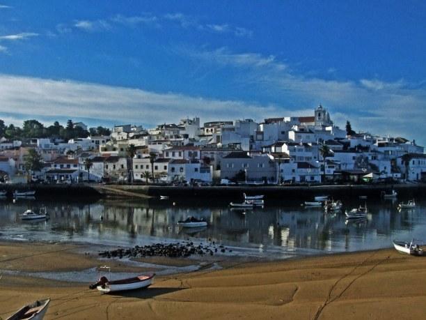 Kurztrip Algarve, Portugal, Ferragudo ist ein ehemaliges Fischerdorf und heute eine Kleinstadt im