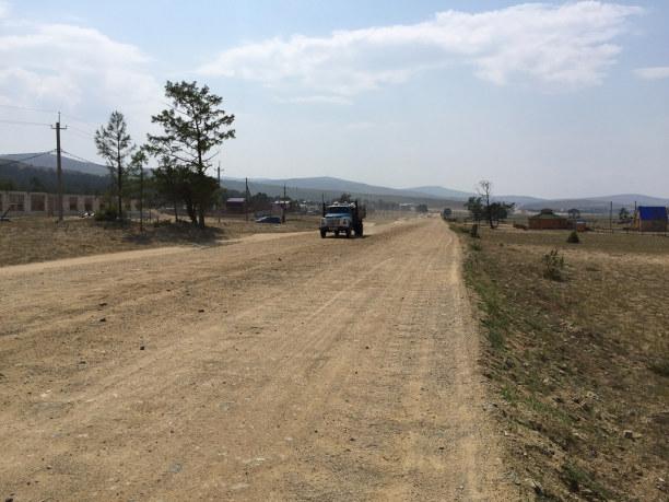 Langzeiturlaub Sibirien, Russische Föderation, In den letzten Jahren wurde die Straße bis zum Fähranleger gut ausge