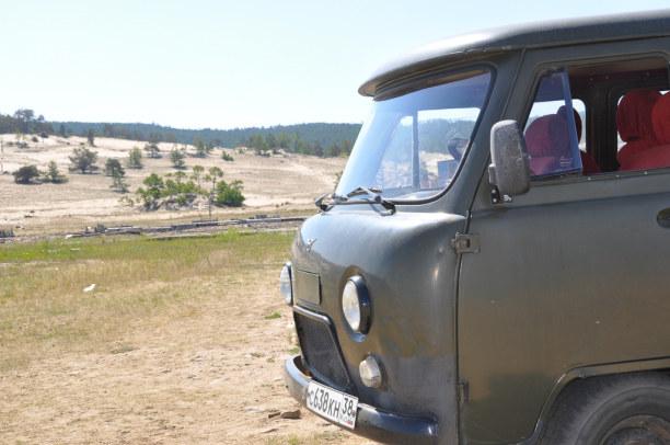 Langzeiturlaub Sibirien, Russische Föderation, Mit dem Geländewagen mache ich einen Ausflug in den Norden der Insel.