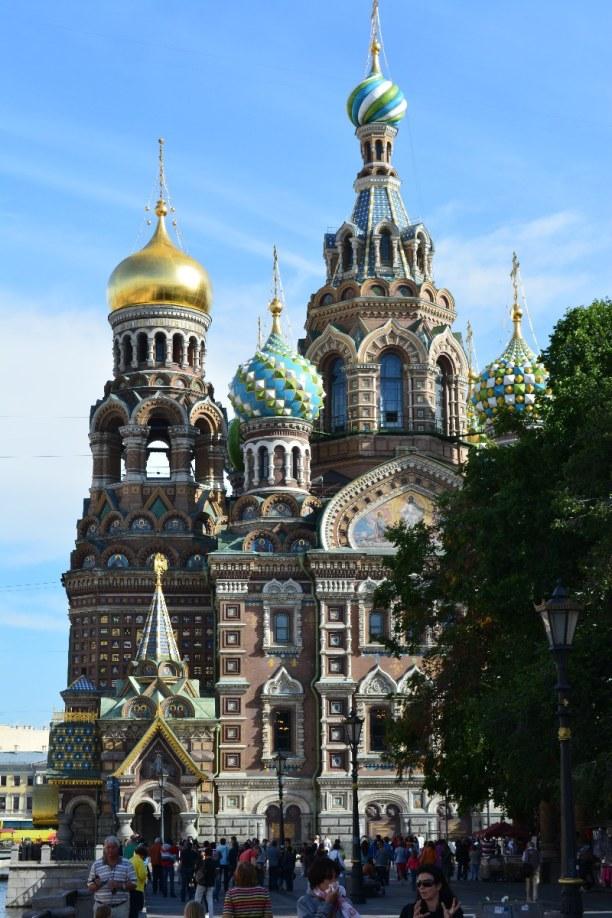 Sankt Petersburg (Stadt), Sankt Petersburg und Umgebung, Russische Föderation, Die Auferstehungskirche hat eine Fläche von 7000 m² und ist im altru