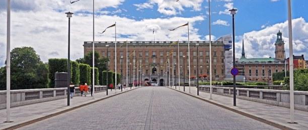 Kurzurlaub Stockholm & Umgebung, Schweden, Das Schloss im Zentrum wurde 1754 fertiggebaut und beherbergt heute dr