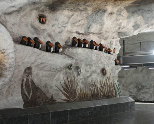 Kurzurlaub Stockholm & Umgebung, Schweden, Walrösser und Raben grüßen die Pendler hier