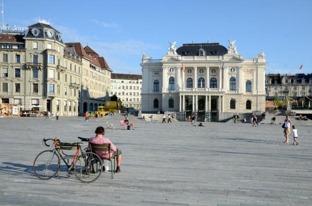 Kurzurlaub Kanton Zürich, Schweiz, Das Opernhaus gibt es seit 1891 und steht im Zentrum der Stadt. Vielle
