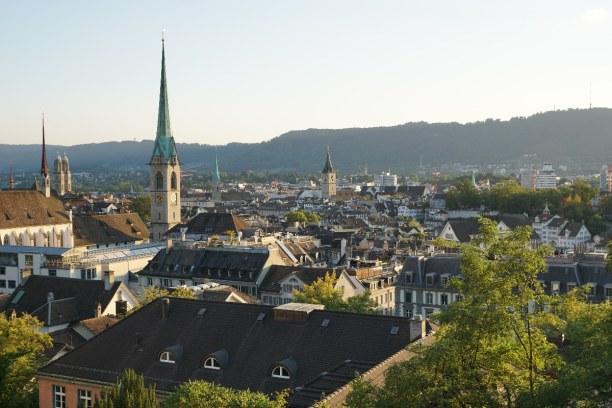 Kurztrip Kanton Zürich, Schweiz, In Zürich sprechen die meisten Leute Schweizerdeutsch, einige aber au