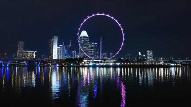Kurztrip Singapur, Singapur, Das Singapur Flyer ist ein 165 Meter hohes Riesenrad, das Zweithöchst