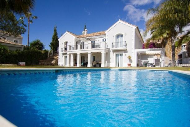 Eine Woche Andalusien, Spanien, Den Nachmittag haben wir im Pool der Villa Maracana verbracht. Die Vil