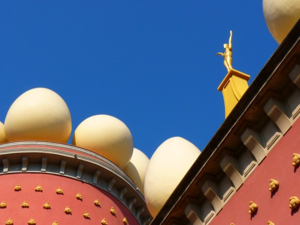 Eine Woche Costa Brava, Spanien, In Dalís Heimatstadt Figueres findest du das Salvador Dalí Museum. Z