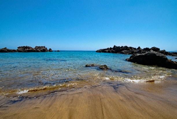 1 Woche Lanzarote, Spanien, Der Playa Chica ist ideal zum Baden mit kleinen Kindern, da hier der A