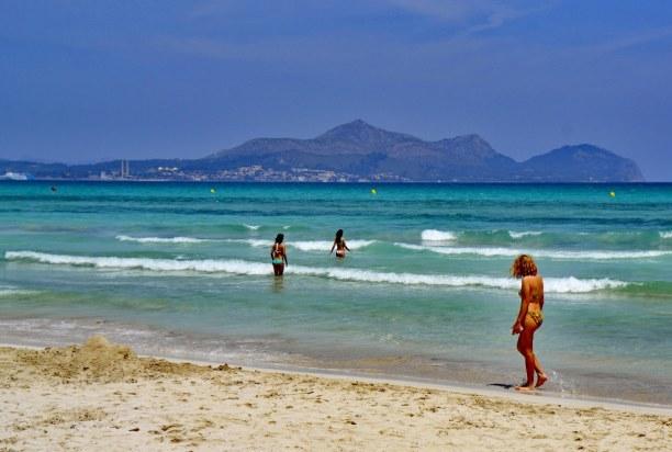 Eine Woche Mallorca, Spanien, Wunderschöne Strände an einen türkisblauen Meer gibt es zahlreiche