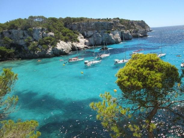 1 Woche Menorca, Spanien, Die Cala Macarella ist eine der bekanntesten und schönsten Buchten Me